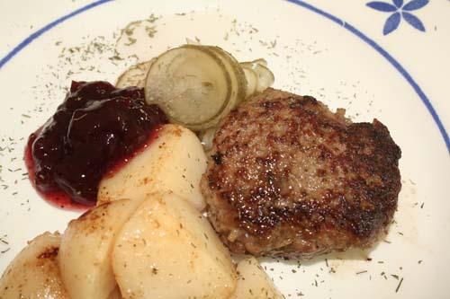 Frikadeller_dinner_1